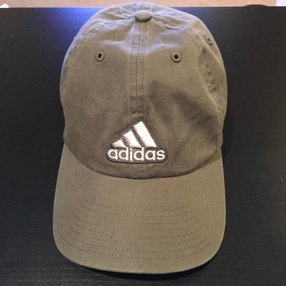 d6ed91b5de8 adidas Accessories - Olive green adidas baseball cap